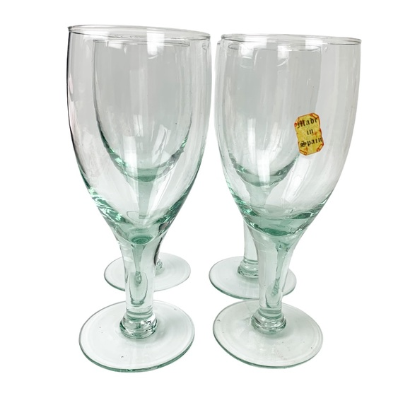 VTG NOS hand blown white wine glasses Spain set 4